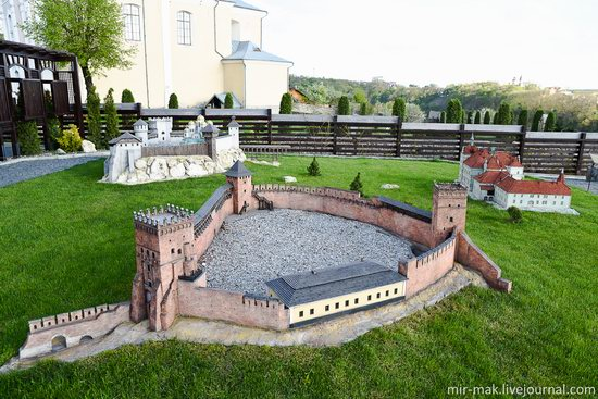 Museum of Miniatures Castles of Ukraine in Kamianets-Podilskyi, photo 16