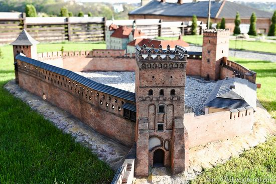 Museum of Miniatures Castles of Ukraine in Kamianets-Podilskyi, photo 17