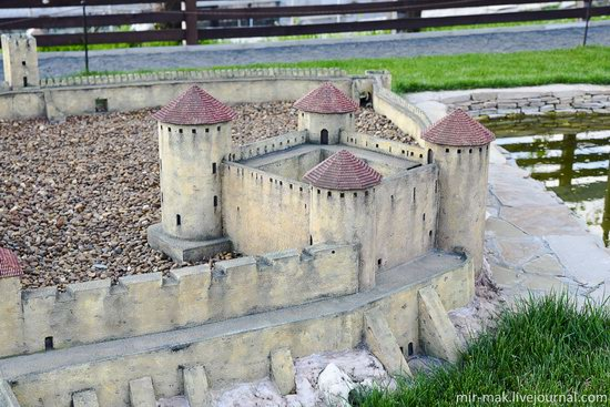 Museum of Miniatures Castles of Ukraine in Kamianets-Podilskyi, photo 24