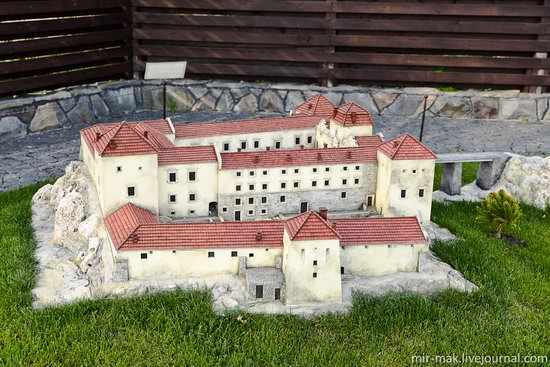 Museum of Miniatures Castles of Ukraine in Kamianets-Podilskyi, photo 5