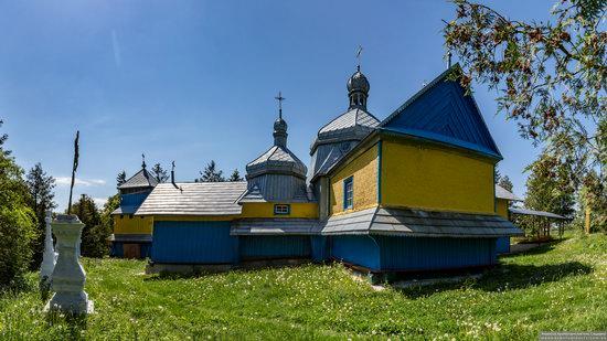 Church of St. Basil the Great in Muzhyliv, Ternopil region, Ukraine, photo 4