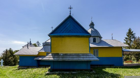 Church of St. Basil the Great in Muzhyliv, Ternopil region, Ukraine, photo 5