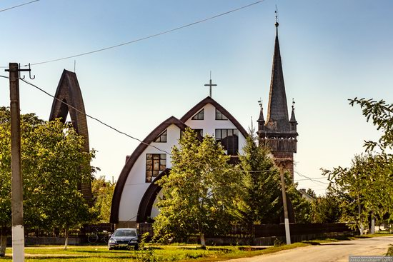 Gothic Reformed Church in Chetfalva, Zakarpattia Oblast, Ukraine, photo 1