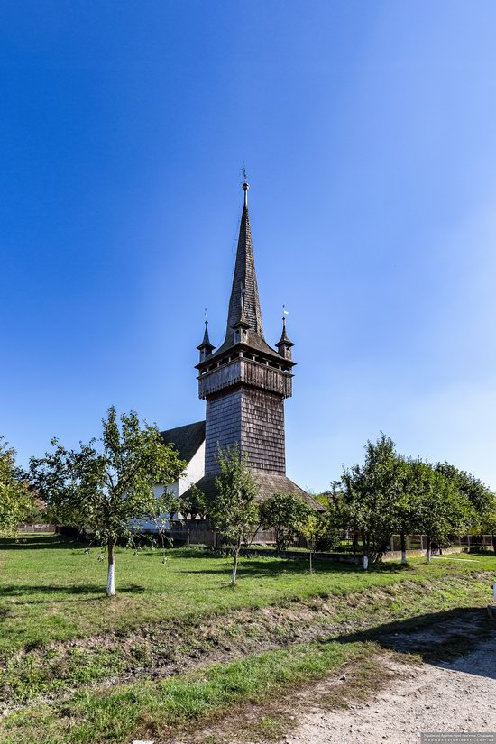 Gothic Reformed Church in Chetfalva, Zakarpattia Oblast, Ukraine, photo 2