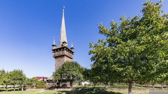 Gothic Reformed Church in Chetfalva, Zakarpattia Oblast, Ukraine, photo 4