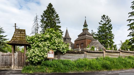 Church of the Holy Spirit in Rohatyn, Ivano-Frankivsk Oblast, Ukraine, photo 1