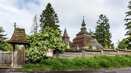 Church of the Holy Spirit in Rohatyn, Ivano-Frankivsk Oblast, Ukraine, photo 1