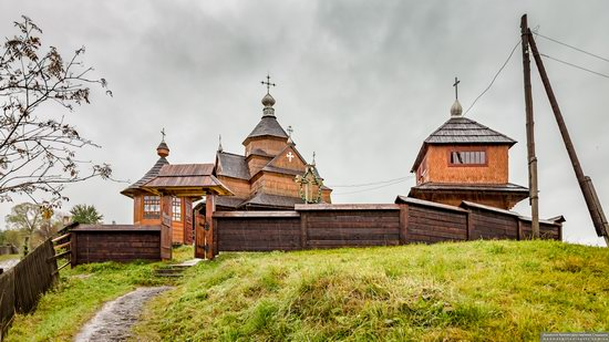 Church of the Nativity of the Blessed Virgin in Vorokhta, Ukraine, photo 1