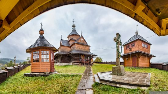 Church of the Nativity of the Blessed Virgin in Vorokhta, Ukraine, photo 2