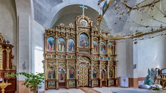 Wooden Church of St. Basil the Great in Cherche, Ukraine, photo 16