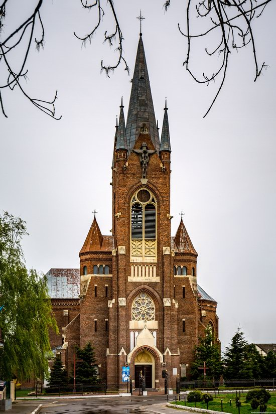 Neo-Gothic Catholic Church in Kamianka-Buzka, Ukraine, photo 2