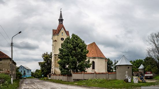Church of the Assumption of the Virgin in Skala-Podilska, Ukraine, photo 3