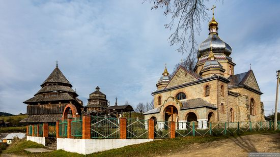 Churches of St. Michael the Archangel in Isai, Lviv Oblast, Ukraine, photo 1