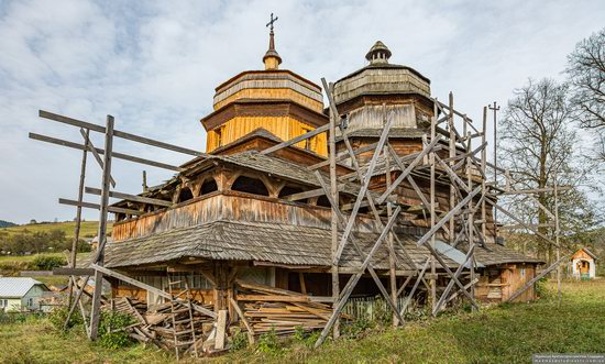 Churches of St. Michael the Archangel in Isai, Lviv Oblast, Ukraine, photo 6