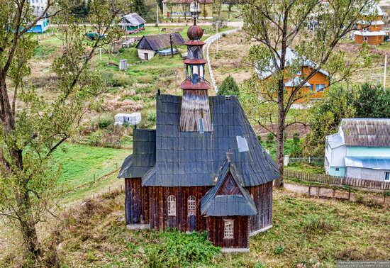 Wooden Catholic Chapel, Ilnyk, Lviv Oblast, Ukraine, photo 7