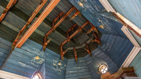 Wooden Neo-Gothic Church, Rozluch, Lviv Oblast, Ukraine, photo 12