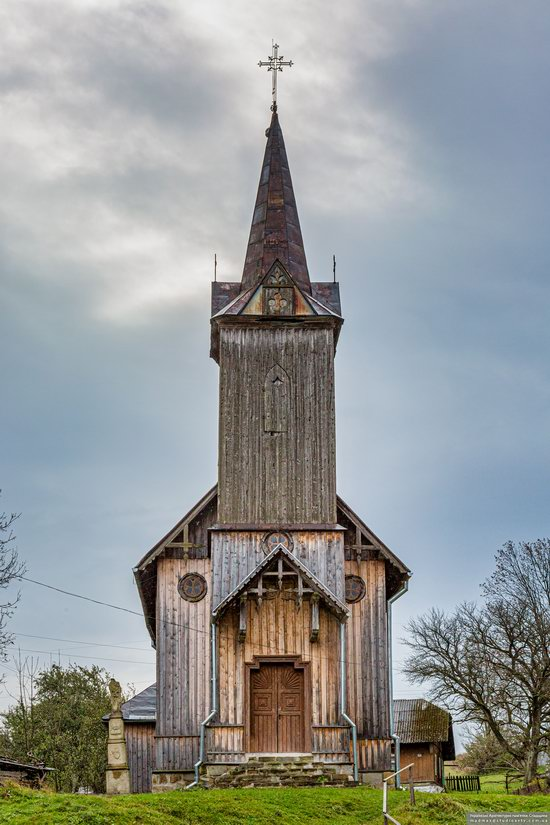 Wooden Neo-Gothic Church, Rozluch, Lviv Oblast, Ukraine, photo 14