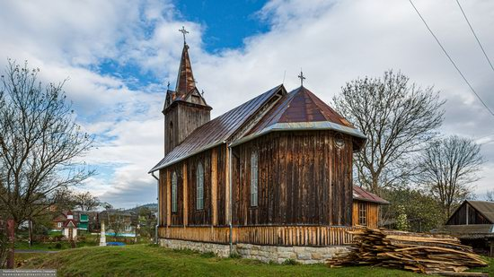 Wooden Neo-Gothic Church, Rozluch, Lviv Oblast, Ukraine, photo 9
