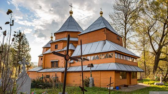 Church of St. Nicholas in Turka, Lviv Oblast, Ukraine, photo 4