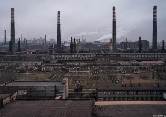 Zaporozhye Aluminium Combine, Ukraine - a Decaying Industrial Giant, photo 1