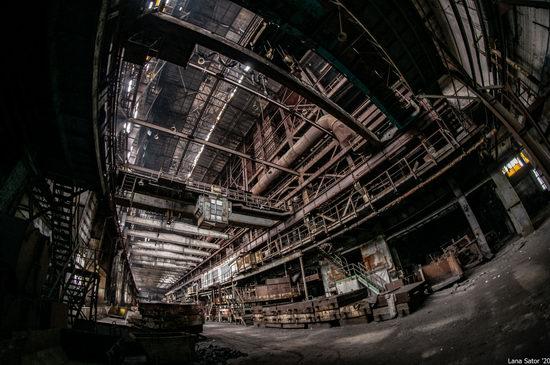 Zaporozhye Aluminium Combine, Ukraine - a Decaying Industrial Giant, photo 13