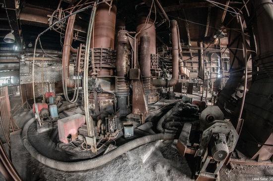 Zaporozhye Aluminium Combine, Ukraine - a Decaying Industrial Giant, photo 18