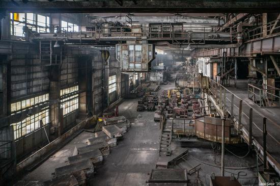 Zaporozhye Aluminium Combine, Ukraine - a Decaying Industrial Giant, photo 21