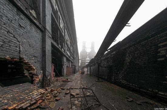 Zaporozhye Aluminium Combine, Ukraine - a Decaying Industrial Giant, photo 26