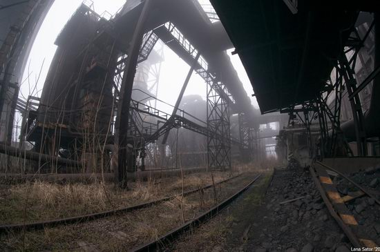 Zaporozhye Aluminium Combine, Ukraine - a Decaying Industrial Giant, photo 4