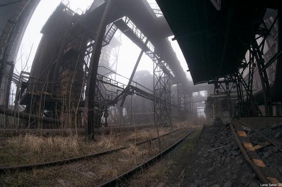 Zaporozhye Aluminium Combine, Ukraine - a Decaying Industrial Giant, photo 4
