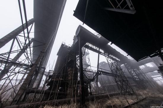 Zaporozhye Aluminium Combine, Ukraine - a Decaying Industrial Giant, photo 5