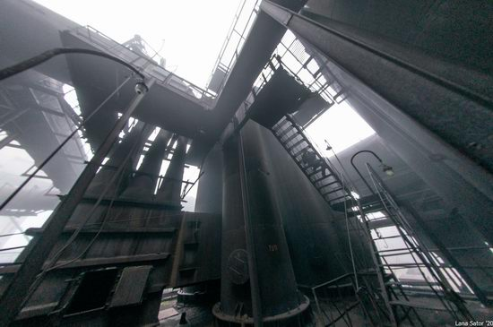 Zaporozhye Aluminium Combine, Ukraine - a Decaying Industrial Giant, photo 8
