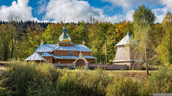Church of the Holy Archangel Michael in Bilychi, Ukraine, photo 2