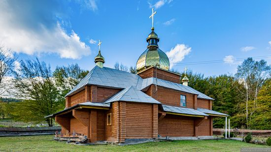 Church of the Holy Archangel Michael in Bilychi, Ukraine, photo 4