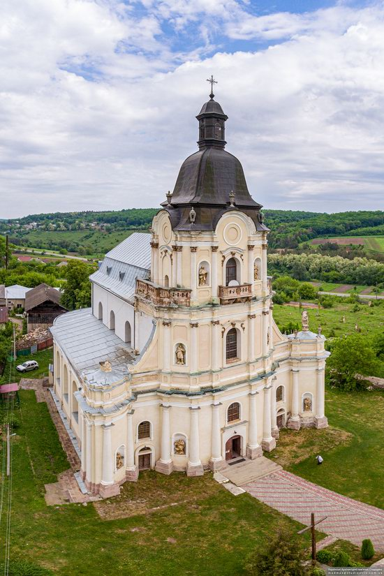 Holy Trinity Church in Mykulyntsi, Ukraine, photo 6
