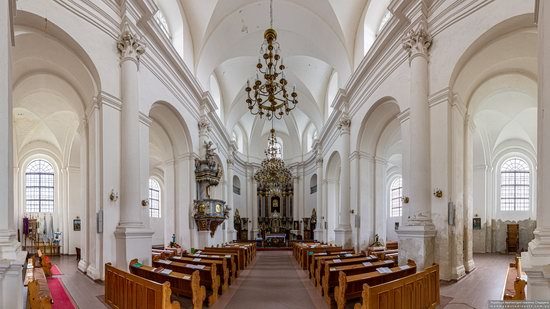 Holy Trinity Church in Mykulyntsi, Ukraine, photo 9