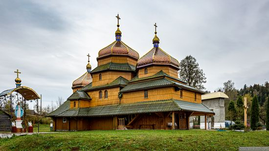 Church of St. Nicholas in Turje, Lviv Oblast, Ukraine, photo 1