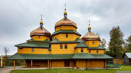 Church of St. Nicholas in Turje, Lviv Oblast, Ukraine, photo 5