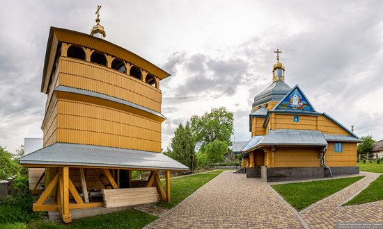 Wooden Church of the Transfiguration in Pidhaitsi, Ternopil Oblast, Ukraine, photo 2