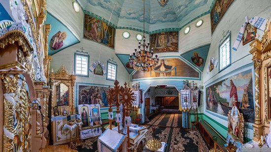 Wooden Church of the Transfiguration in Pidhaitsi, Ternopil Oblast, Ukraine, photo 9