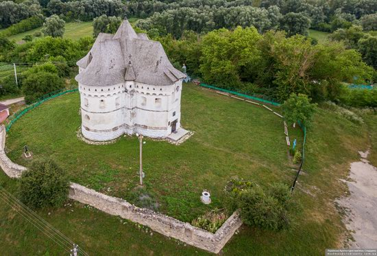 Holy Protection Church-Fortress in Sutkivtsi, Ukraine, photo 12