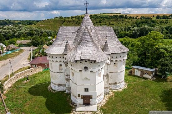 Holy Protection Church-Fortress in Sutkivtsi, Ukraine, photo 9