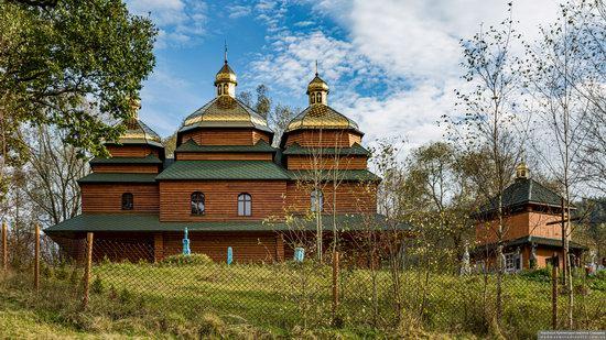 Church of the St. Archangel Michael in Hvozdets, Lviv Oblast, Ukraine, photo 2