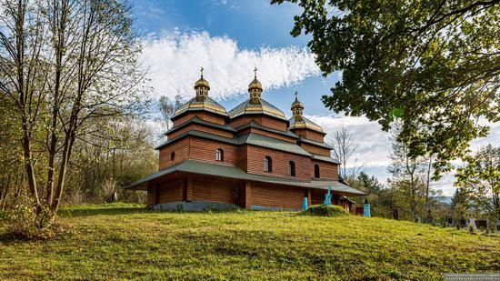 Church of the St. Archangel Michael in Hvozdets, Lviv Oblast, Ukraine, photo 3