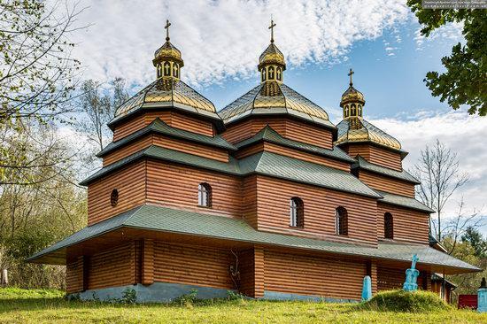 Church of the St. Archangel Michael in Hvozdets, Lviv Oblast, Ukraine, photo 4