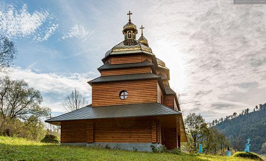 Church of the St. Archangel Michael in Hvozdets, Lviv Oblast, Ukraine, photo 5