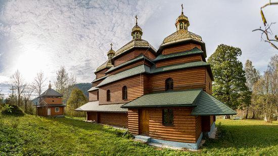 Church of the St. Archangel Michael in Hvozdets, Lviv Oblast, Ukraine, photo 6