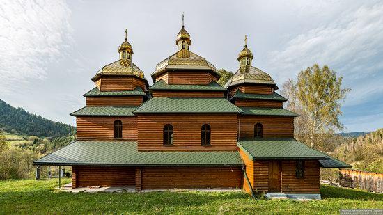 Church of the St. Archangel Michael in Hvozdets, Lviv Oblast, Ukraine, photo 7