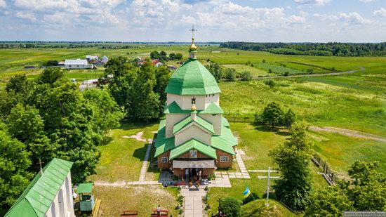 Church of the Exaltation of the Holy Cross in Volsvyn, Ukraine, photo 1