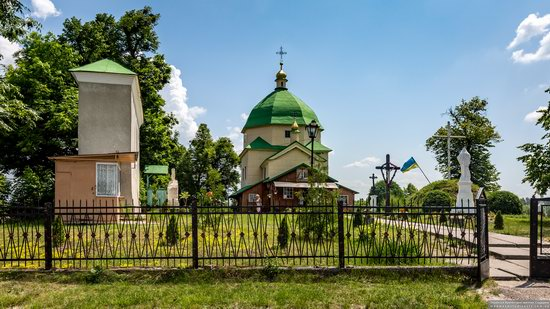 Church of the Exaltation of the Holy Cross in Volsvyn, Ukraine, photo 2